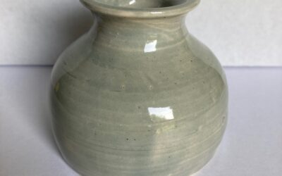 Pottery Auction is now LIVE